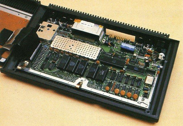 CCOM - Commodore 16 / 116 / plus4